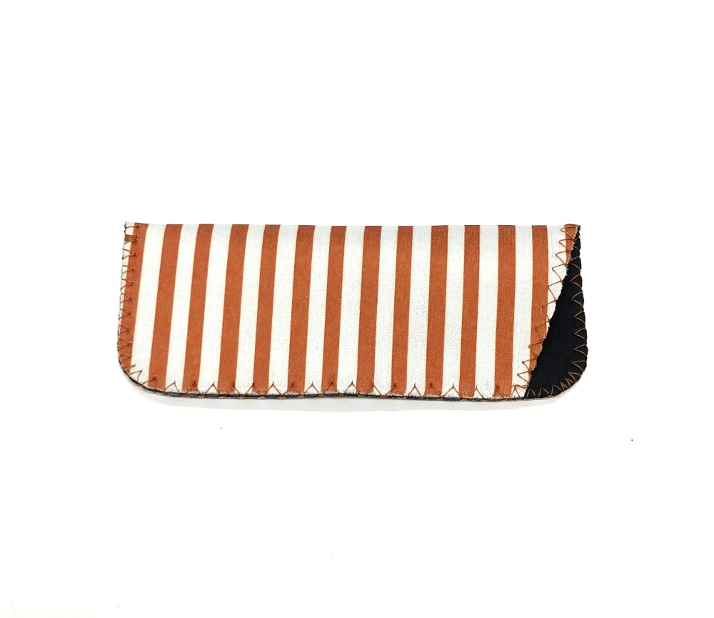 Brown Stripe Readers Soft Case S-CR10